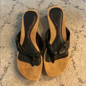 Kenneth Cole Reaction Leather & Wood Flip Flops